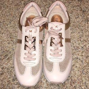 MICHAEL Michael Kors Pink Mesh Tennis Shoes Sz 10